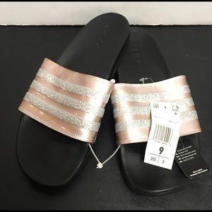 Adidas Slippers Sz 9